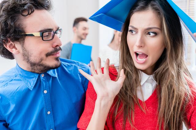 40代男性で若い女性との会話が続かない5つの理由。トップ画像
